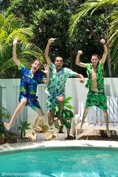 Mens Matching Hawaiian Shirt & Shorts Set. Groovy Baby is this mens two piece set. Sleeveless hawaiian shirt and matching shorts. Get this ultimate party kit for day at the beach, luau, cruise, rugby, bachelor party, cricket or the pub! #cabana #partykit #sleevelesshawaiians #parrotshirts #partyshirts #parrotheads #hawaiianshirts #hawaiianshirtandshorts #hawaiianparrotshirt #magnumshirt