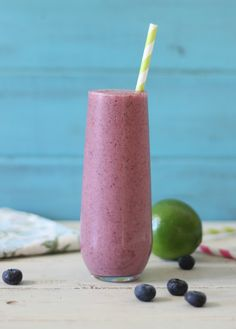Blueberry Key Lime Pie Smoothie - A light, refreshing, creamy cold drink that tastes like key lime pie with a hint of blueberries.