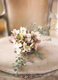 color palettes, vintage weddings, romantic vintage, dusty pink, bridesmaid bouquets