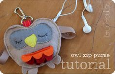 Cute DIY Felt Owl Zip Purse
