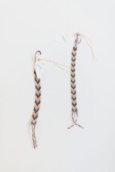 DIY friendship bracelets http://ruffledblog.com/valentines-day-friendship-bracelet-diy