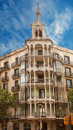 Eixample, Barcelona (à l'angle de Carrer de Llùria i Carrer de Valencia)