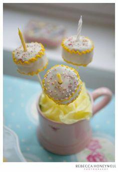 Birthday cake pops!