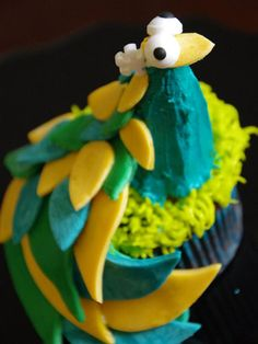 This bird may look lavish, but with an ice cream cone and some fondant, it's a cinch to create.