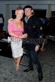 hangin with mega-rockstar bad@ss P!nk b4 performance at Linda's Voice charity event to stop domestic violence. #pink