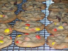The Sugar Queen: Lunch Lady Peanut Butter Cookies