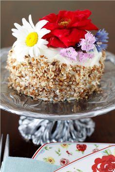 Hummingbird Cake - a Classic Southern Dessert