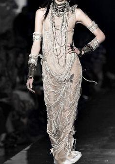 Jean Paul Gaultier Haute Couture Spring 2014 † #fashion #hautegoth #goth #gothaesthetics #hautecouture #couture #Gaultier #JeanPaulGaultier #JPG #2014
