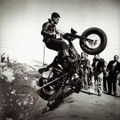 Hogs On Pinterest Harley Davidson Chopper And Ape Hangers
