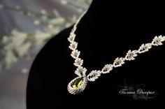 seed beads, leaf bead