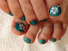 Hawaiian nail art