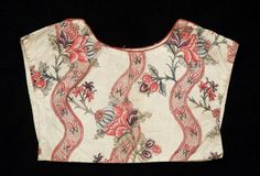 Cotton chemisette 1800-1825. Snowshill Manor © National Trust / Simon Harris