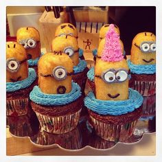 One Day at a Time: Minion Cupcakes
