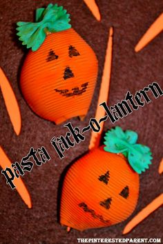 Pasta-Jack-O-Lantern - fun craft for you and your little ones made out of assorted pasta shapes. #Halloween