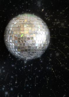 DIY: disco ball