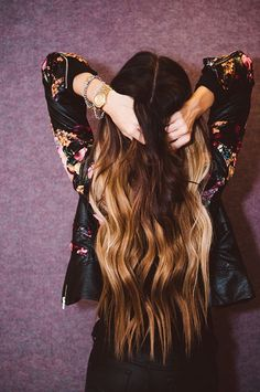 long ombre hair. Omg, I want.