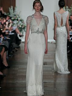 1920s GreatGatsby inspired gown by Jenny Packham. I love these sleeves!