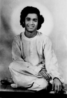 Sai Baba dice che il primo passo verso la spiritualità è essere vegetariani
