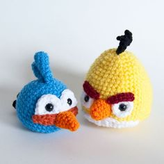 I have more than a few people that I could crochet these for! Oh Angry Birds!
