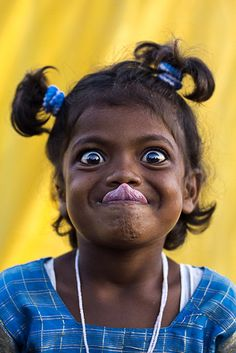 Girl clowning around.... #funnyface #tongue