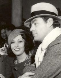 Lupe Velez y Johnny Weissmuller.  Glamour.