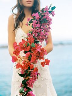 Wedding bouquet: http://www.stylemepretty.com/destination-weddings/2014/06/20/maui-wedding-inspiration/ | Photography: Wendy Laurel - http://www.wendylaurel.com/