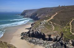 Gorgeous photo of Chapel Porth from the Cornwall Guide. It's our beach of the week!