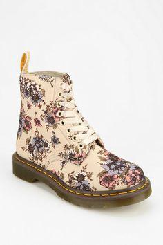 Dr. Martens Wild Rose 8-Eye Boot