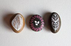 Nesting Stone Set - Hand Painted Stones - Original Painting - Rock Art, Painted Pebbles. $35,00, via Etsy.