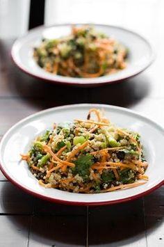 Cumin Lime Black Bean Quinoa Salad (quick + easy!) via ohsheglows.com