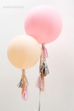 These oversized DIY balloons would be adorable decorations for a bridal shower.