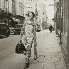 Branson Decoup, Paris 1945  (Now THAT is a baguette!)