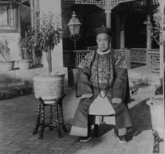 Chinese official who rescued some of the foreign legation members during the Boxer Rebellion. He is one of the Qing dynasty nobility, attired in Mandarin attire. boxer rebellion