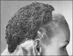 Vintage Close-fitting Shell Stitch Hat free crochet pattern