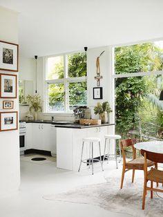 beaches, interior, window, beach houses, open kitchens, style file, black, dream kitchens, white kitchens
