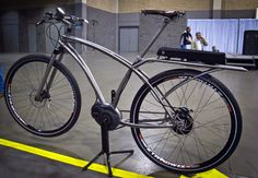 Dean electric cruiser with a Bosch/NuVinci combination at #NAHBS 2014