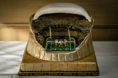 Thanks to Marissa Moses for sending us this picture! #saints #NOLA #Cake #GroomsCake
