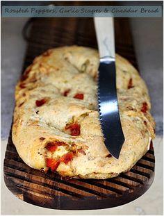 roasted epper, garlic & cheddar bread