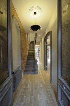 Gray trim & brick wall- interesting