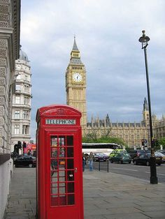 The British Phone Box thing england, phone box, british phone, ana rosa, london call
