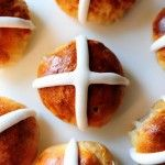 Hot Cross Buns | The Pioneer Woman Cooks | Ree Drummond