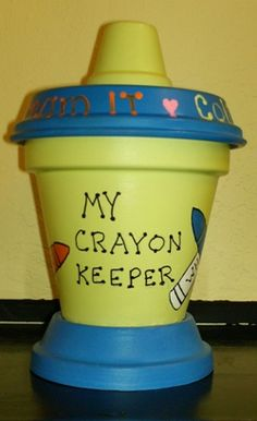 Jumbo crayon keeper in lime and blue