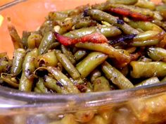 GREEN BEANS WITH BASALMIC AND BACON