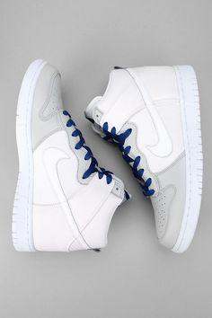 Nike Dunk Hi Sneaker White
