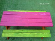 Made from a pallet: a picknick table for kids. #recycle #garden #furniture #DIY # bench #children