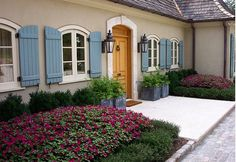 The House With The Blue Door: Choosing the Perfect Exterior Colors