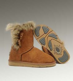 Cheap Uggs Fox Fur Short 5685 Boots For Women [UGG UK 217] - $150.00 : Cheap UGGs Boots Store Save up to 60%!, Ever comfortable and warm like in heaven, UGG Boots are enjoying an overwhelming popularity all over the world at present.Cheap UGG US Outlet onsale
