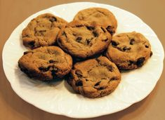 #TriviaTuesday Thanks To This Woman Inventor For Accidentally Creating This Delicious Dessert! Who Invented Chocolate Chip Cookies? | Answer: http://www.women-inventors.com/Ruth-Wakefield.asp