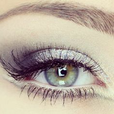 Silver sparkle. i love silver, and sparkly things. Love the eyeshadow here.