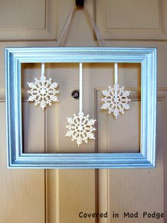 Covered in Mod Podge: January Wreath {or whats a frame doing on your door?}